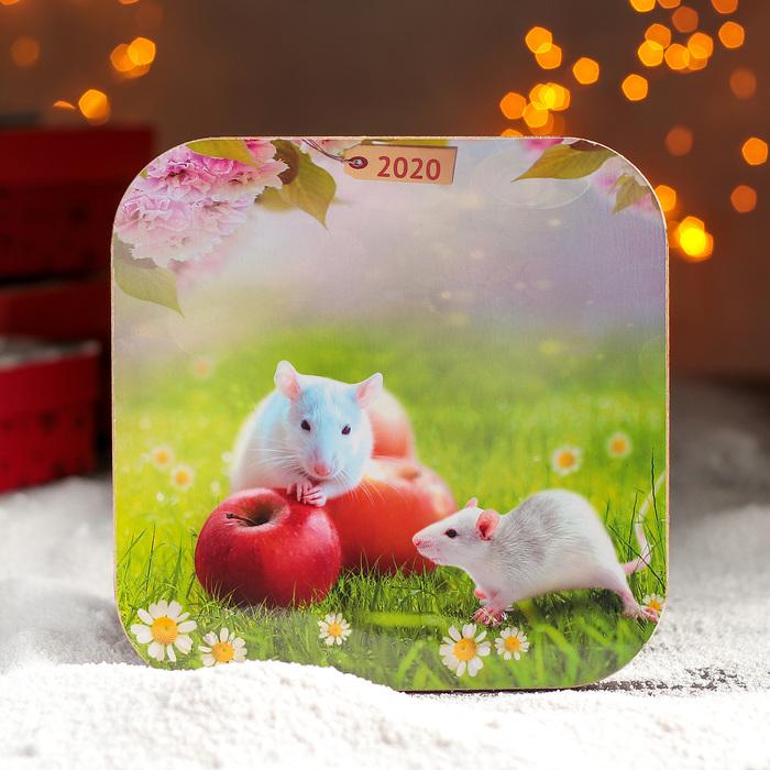 """Подставка под горячее 18×18 см """"Мышки на полянке"""" Символ года 2020"""