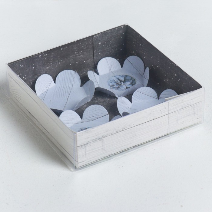 Коробка для макарун с подложками Wonderful time, 12 × 12 × 3 см