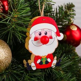 Декор с подсветкой «Дед Мороз с подарком»