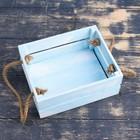 """Кашпо деревянное 20×16×8 см """"Щедрость"""" реечное, ручка верёвка, голубая кисть Дарим Красиво - фото 7432387"""