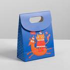 Пакет с клапаном «Веселого праздника», 12 х16 х6 см.