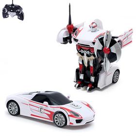 Робот-трансформер радиоуправляемый «Автобот», работает от аккумулятора, масштаб 1:14, цвет белый