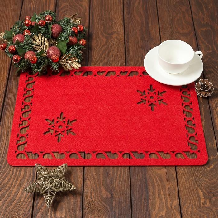 """Салфетка сервировочная Доляна """"Снежинка"""", цв,красный,40*26 см, фетр"""