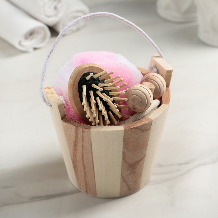 Набор банный, 4 предмета: мочалка 2 шт, расчёска, массажёр