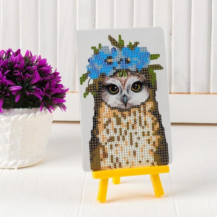Алмазная вышивка с частичным заполнением «Совушка с венком из цветов», с подставкой, размер картины: 10 × 15 см