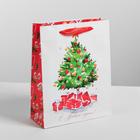 Пакет ламинированный вертикальный «Акварельный Новый Год», L 31 × 40 × 9 см