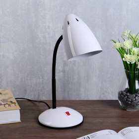 """Лампа настольная """"Ученик"""" 1х60Вт Е27 белый 21х14х34 см."""
