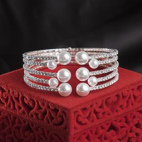 """Браслет с жемчугом """"Иллюминация"""", цвет белый в серебре,d=5,8см"""