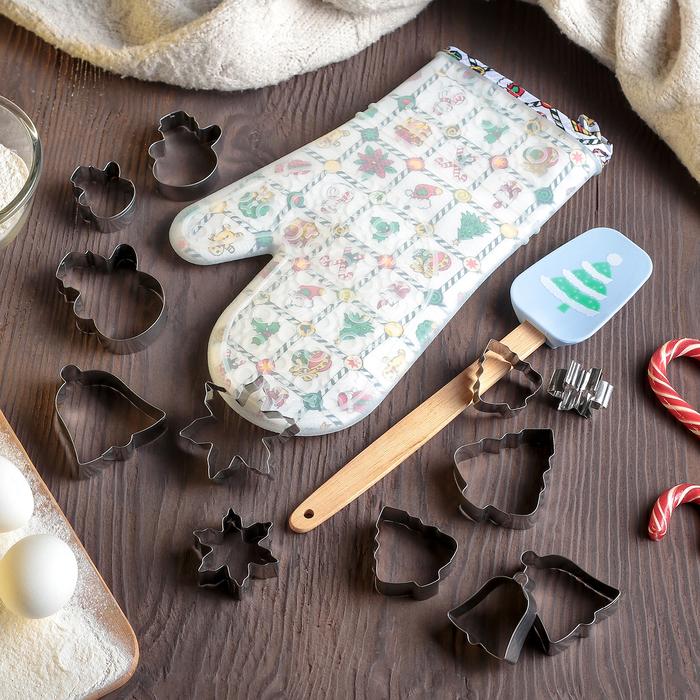 """Набор кондитерских принадлежностей """"Ёлочка"""", 14 предметов: набор форм для печенья 12 шт, прихватка, лопатка - фото 724569215"""