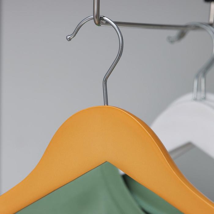 Вешалка-плечики с перекладиной для верхней одежды, размер 48-50, цвет светлое дерево
