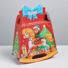 Складная коробка «Подарок в Новый год», 23 × 29 × 11 см