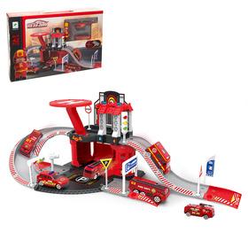 Парковка «Пожарная служба», с 1 металлической машиной и вертолётом