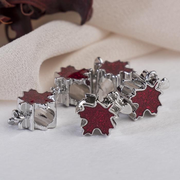 """Талисман """"Кленовый лист"""", цвет красный в серебре"""