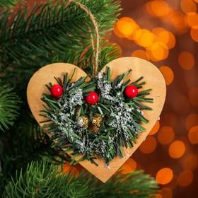 Новогодняя подвеска «Хвойное сердце» в Донецке