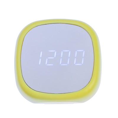 Часы-будильник электронные, с термометром, белые цифры, 8х8 см, микс