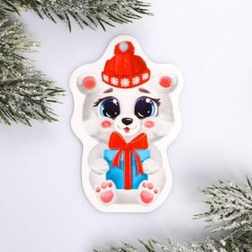 Шильдик на подарок Новый год «Мишка» 5,7 ×9,0  см