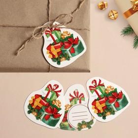 Шильдик на подарок Новый год «Новогодние сюрпризы», 6,5 ×7,3  см