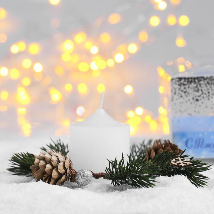 Свеча в венке «Снежное Рождество»