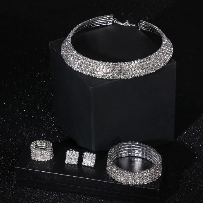 """Набор 4 предмета: серьги, колье, браслет, кольцо безразмерное """"Фешн"""", цвет белый в серебре"""