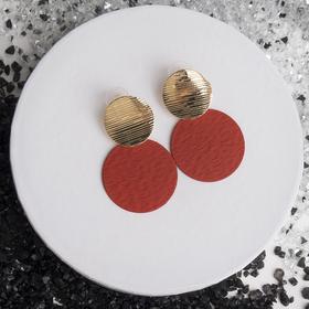 Metal earrings Ladies textured, red gold