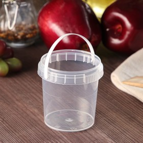155ml transparent pail with white handle, D = 69 mm.