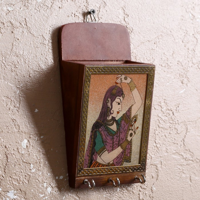 "Ключница ""Лидия"" дерево,металл,текстиль,песок,стекло 5х11х20 см"