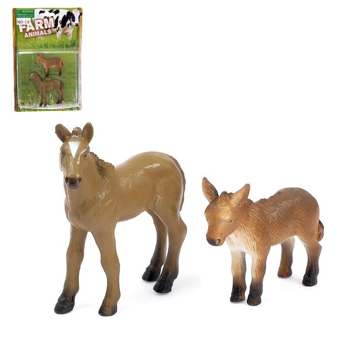 Набор животных «Лошадка и жеребёнок»