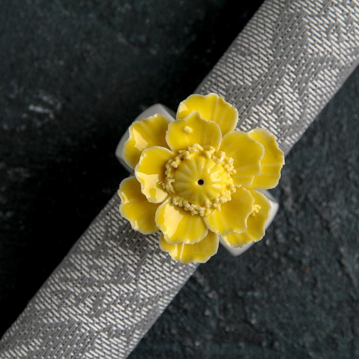 "Кольцо для салфеток ""Цветок"", цвет жёлтый"