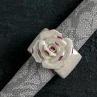 """Кольцо для салфеток """"Цветок"""", цвет перламутровый"""