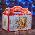"""Подарочная коробка """"Снегурочка и Дед Мороз"""", 20 x 12 x 19 см"""