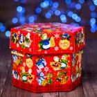 "Подарочная коробка ""Снеговики"", красный, 18,5 x 18,5 x 14,5 см"