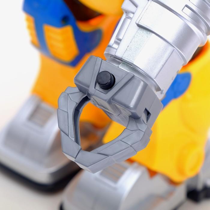 Робот «Бласт», световые эффекты, русская озвучка, работает от батареек