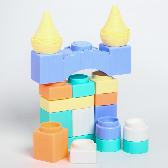 Набор для игры в ванной «Маленький замок», конструктор ,18 шт