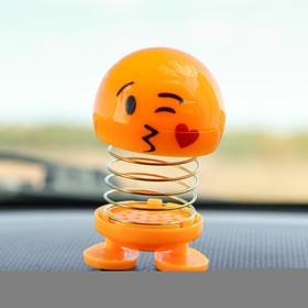Смайл на пружинке, на панель в авто, сердечко, желтый в Донецке