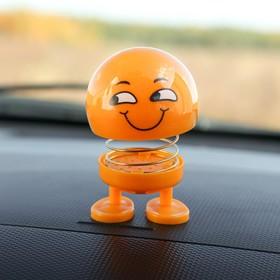 Смайл на пружинке, на панель в авто, улыбка, желтый в Донецке