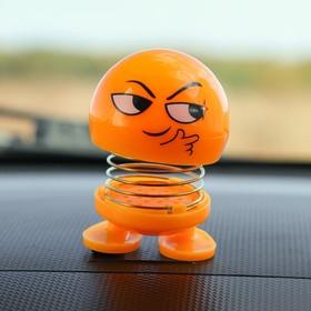 Смайл на пружинке, на панель в авто, хитрый, желтый в Донецке