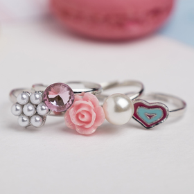 "A set of baby rings ""Vibracula"" love form MIX color"