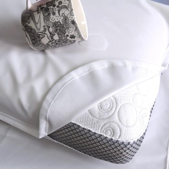Непромокаемый наматрасниик, резинки по углам, 60х120 см, цвет белый
