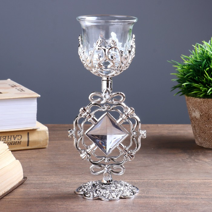 Подсвечник стекло, пластик на 1 свечу ''Ажурный ромб'' бокал на ножке серебро 18х7х6,5 см   4551330