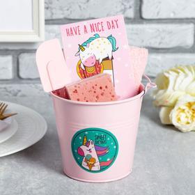 {{photo.Alt || photo.Description || 'Набор подарочный «Sweet unicorn»'}}