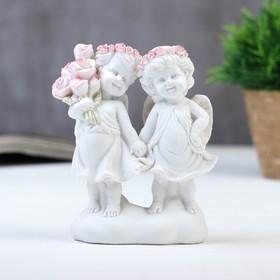 """Сувенир полистоун """"Белоснежные ангелы в розовых веночках с букетом роз"""" 12,5х10,5х4,3 см"""