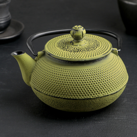 """Kettle with sieve and 600 ml of """"Eastern night"""", green, enamel coating inside"""