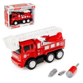 Конструктор винтовой «Пожарная машина», 20 деталей, с отверткой и насадками