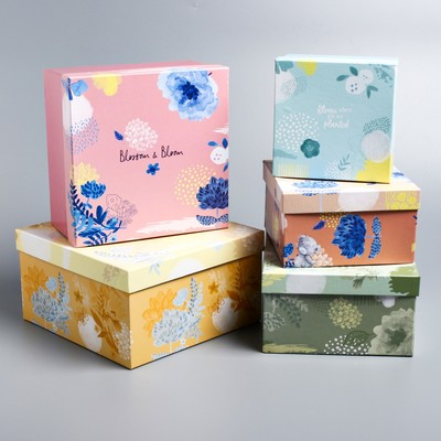 """Set of 5 boxes in 1 """"Be happy"""", Me To You"""