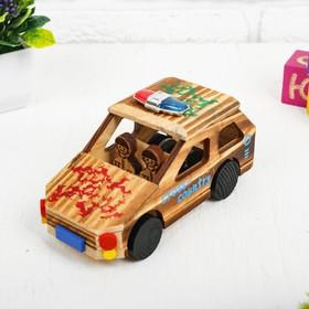Игрушка из дерева «Машинка» с моторчиком 7.5×16.5×8.5 см