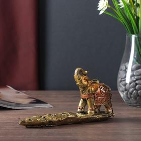 "Сувенир полистоун с подставкой под благовония ""Слон на листе"" 9х17х5 см"