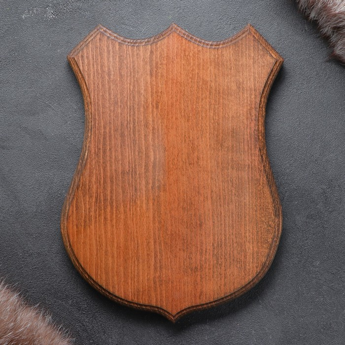 Медальон для охотничьих трофеев «Под рога» массив бука, крашеная 25 х 32 см,