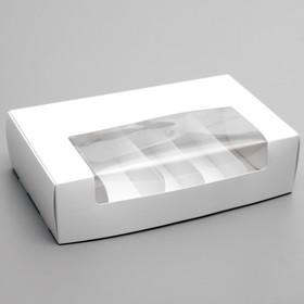 A piece on 5 eclairs cellulose with a window. 252*150*70 mm