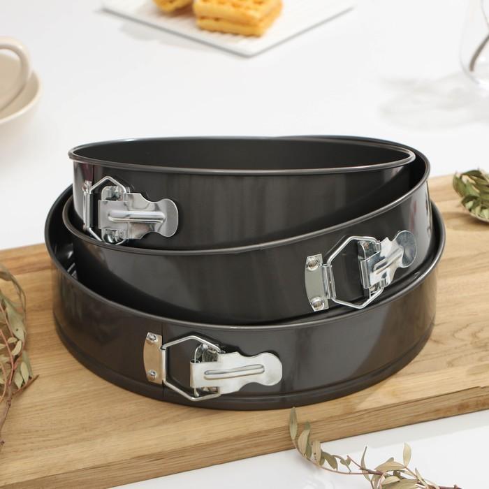 "A set of forms for baking split ""Elin. Circle"", 3 PCs: 24/26/28х7 cm, non-stick coating"
