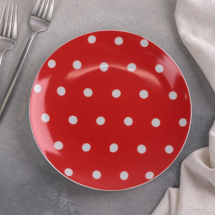 Тарелка мелкая «Горошек на красном фоне», d=20 см - фото 714976
